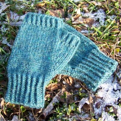 Pine Woods Fingerless Gloves