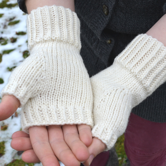 Midwinter Stroll Mitts